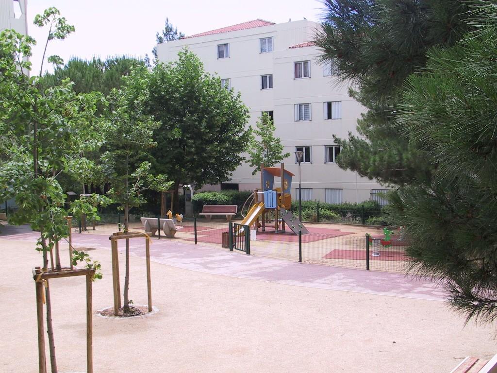 Jas-de-bouffan - Jeux d'enfants