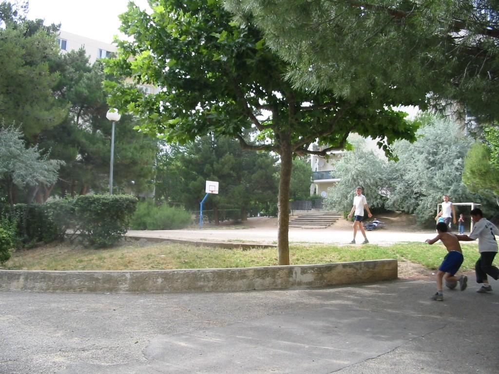 jas-de-bouffan-joueurs de foot