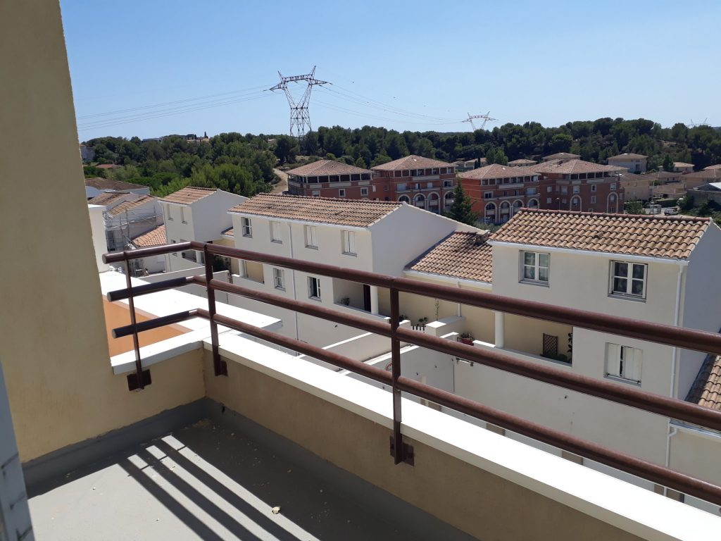 Balcon LG28