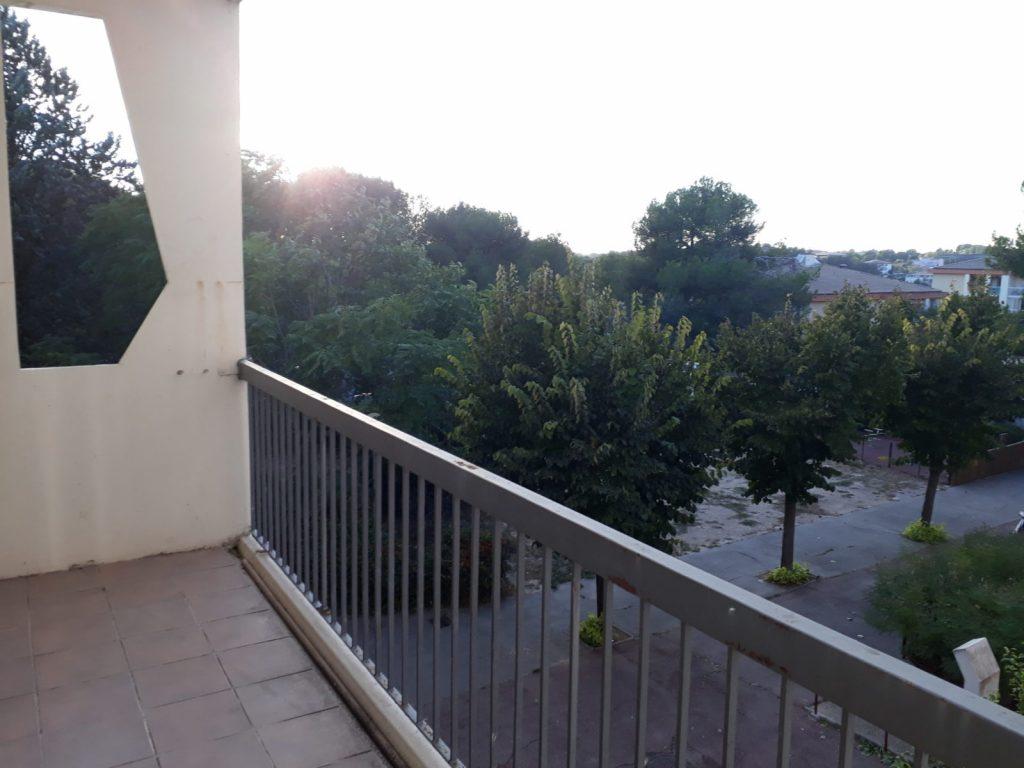 Garagai-C84-balcon